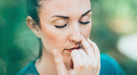 वैकल्पिक नाक श्वास