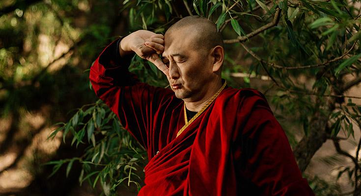 Practice Pranayama To Reduce Stress & Anxiety!
